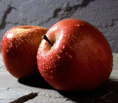 1280px-Red_apple_fruits