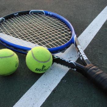 Tennis_Racket_and_Balls-1